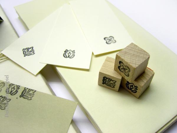 stempel-stationery-rubberstamp-stamp-emadam-drei-blueten2